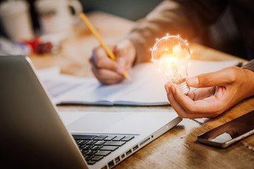 Comment trouver un nouveau projet professionnel plus passionnant – Méthode à 2 étapes